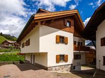 Vakantiehuis 1537027 voor 8 personen in Pozza di Fassa