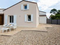 Holiday home 1537225 for 6 persons in Vaux-sur-Mer