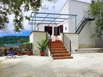Ferienhaus 1537239 für 5 Personen in Massa Lubrense