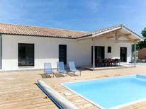 Ferienhaus 1538094 für 12 Personen in Montalivet-les-Bains