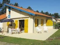 Ferienhaus 1538119 für 6 Personen in Saint-Julien-en-Born
