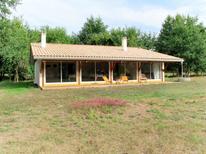 Ferienhaus 1538120 für 6 Personen in Saint-Julien-en-Born
