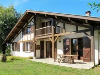 Ferienhaus 1538121 für 10 Personen in Uza