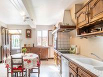 Ferienhaus 1538131 für 4 Personen in Mesnières-en-Bray