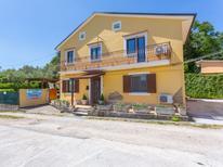 Ferienhaus 1538162 für 9 Personen in Lanciano