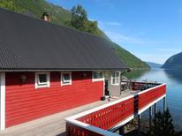 Holiday home 1538491 for 6 persons in Arnafjord