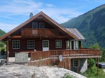Casa de vacaciones 1538496 para 8 personas en Arnafjord