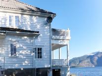 Appartement 1538507 voor 5 personen in Balestrand