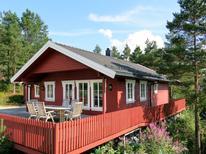 Vakantiehuis 1538601 voor 8 personen in Eikerappen