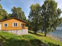 Vakantiehuis 1538734 voor 2 personen in Stryn
