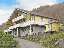 Ferienhaus 1539085 für 10 Personen in Reksteren