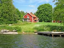 Holiday home 1539363 for 6 persons in Askersund