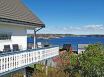 Holiday home 1540636 for 6 persons in Turøyna