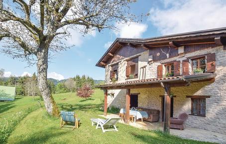 Gemütliches Ferienhaus : Region Dolomiten für 6 Personen