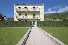 Ferienwohnung 1541116 für 4 Personen in Toscolano-Maderno