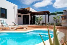 Ferienhaus 1541473 für 5 Personen in Corralejo