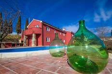 Ferienhaus 1541988 für 6 Personen in Oprtalj