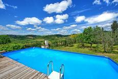 Ferienhaus 1542962 für 14 Personen in Lucardo