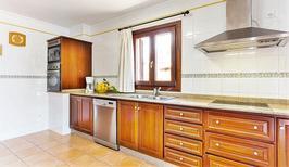 Vakantiehuis 1543043 voor 10 volwassenen + 2 kinderen in Son Servera