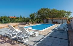 Holiday home 1543079 for 8 persons in Čista Velika