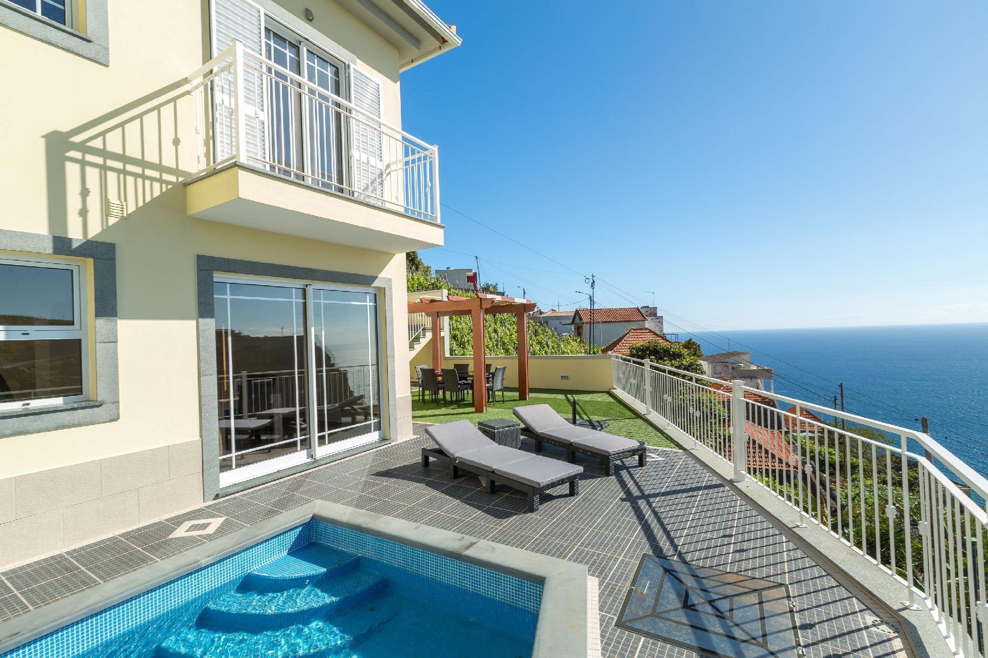Ferienhaus mit Privatpool für 6 Personen ca.   in Portugal