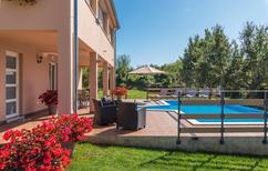 Rekreační byt 1543646 pro 6 osob v Radetici