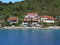 Ferienwohnung 1545510 für 5 Personen in Molat