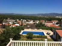 Holiday home 1546944 for 5 persons in Calafell Parc