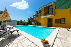 Vakantiehuis 1547516 voor 8 personen in Kršan