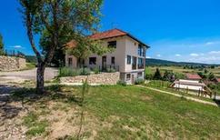 Appartement 1547947 voor 4 personen in Rakovica