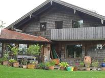 Vakantiehuis 1549933 voor 4 personen in Chieming