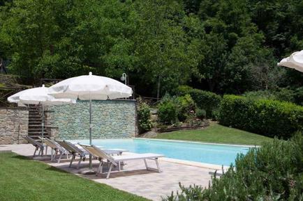 Gemütliches Ferienhaus : Region Raggiolo für 4 Personen