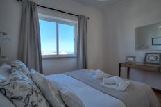 Ferienwohnung 1551839 für 4 Personen in Estoril