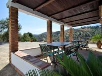 Ferienhaus 1552045 für 6 Personen in Canillas De Aceituno