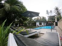 Holiday home 1552140 for 5 adults + 1 child in Hikkaduwa