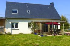 Holiday home 1552686 for 4 persons in Locquirec