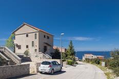 Appartement 1552694 voor 4 personen in Primošten Burnji