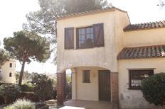 Casa de vacaciones 1552807 para 3 adultos + 3 niños en L'Estartit
