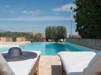 Vakantiehuis 1553374 voor 10 personen in Portocheli