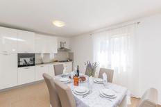 Ferienhaus 1553815 für 8 Personen in Zemunik Donji