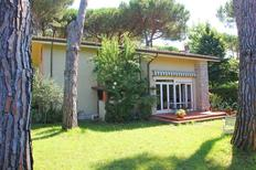 Holiday home 1553892 for 7 persons in Marina dei Ronchi