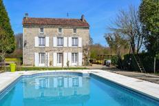 Ferienhaus 1553973 für 12 Personen in La Forêt-de-Tessé