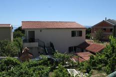 Appartement 1554115 voor 3 personen in Veliko Brdo