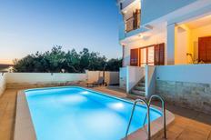 Villa 1554157 per 10 persone in Sveti Filip i Jakov
