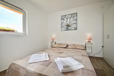 Appartement 1556239 voor 4 personen in Loborika