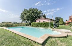 Ferienhaus 1556980 für 8 Personen in Corchiano