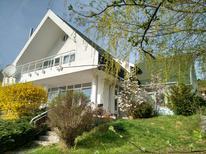 Ferienhaus 1557298 für 9 Personen in Moacșa