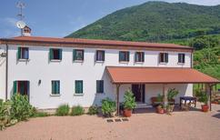 Ferienhaus 1557605 für 8 Erwachsene + 1 Kind in Teolo
