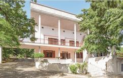 Ferienhaus 1557910 für 16 Personen in Corigliano Calabro