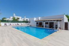 Ferienhaus 1557975 für 8 Personen in San Lorenzo de Cardessar